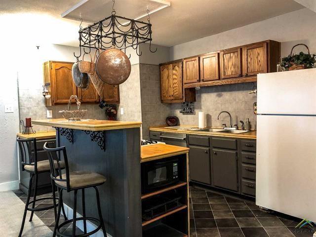 1011 N Newsom Street, Mineola, TX 75773 (MLS #14035137) :: Robbins Real Estate Group