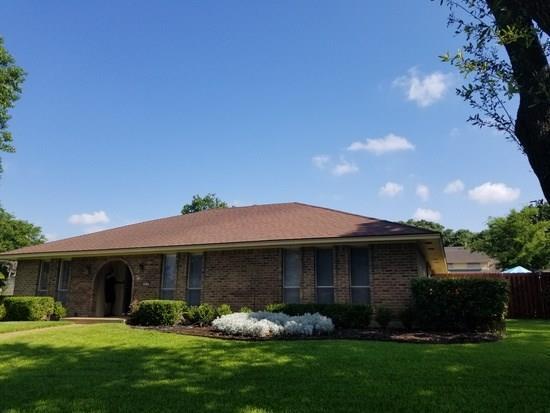927 Green Rock Drive, Duncanville, TX 75137 (MLS #14037889) :: Team Hodnett