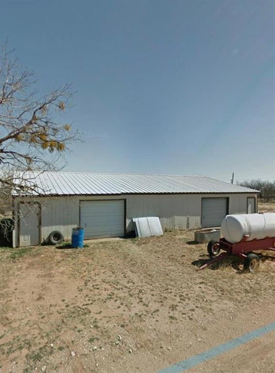 102 County Road 823, Sylvester, TX 79560 (MLS #14041031) :: HergGroup Dallas-Fort Worth