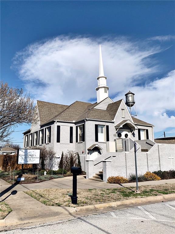 310 W Mccart Street, Krum, TX 76249 (MLS #14042458) :: The Real Estate Station