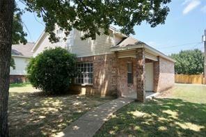 1032 Burlywood Drive, Dallas, TX 75217 (MLS #14045694) :: RE/MAX Pinnacle Group REALTORS