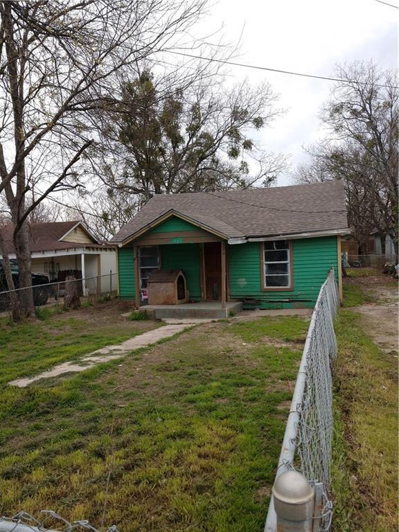 1107 S Rogers Street, Waxahachie, TX 75165 (MLS #14047511) :: The Sarah Padgett Team
