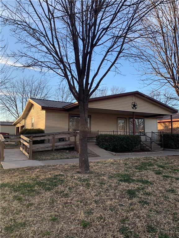 1412 15th Street, Paducah, TX 79248 (MLS #14048291) :: HergGroup Dallas-Fort Worth