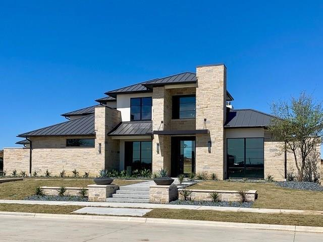 1538 Courtland Drive, Frisco, TX 75034 (MLS #14051396) :: The Real Estate Station