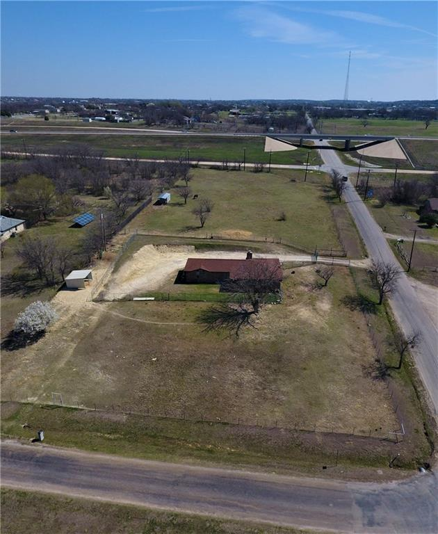 1817 Valley View Road, Crowley, TX 76036 (MLS #14051749) :: Potts Realty Group