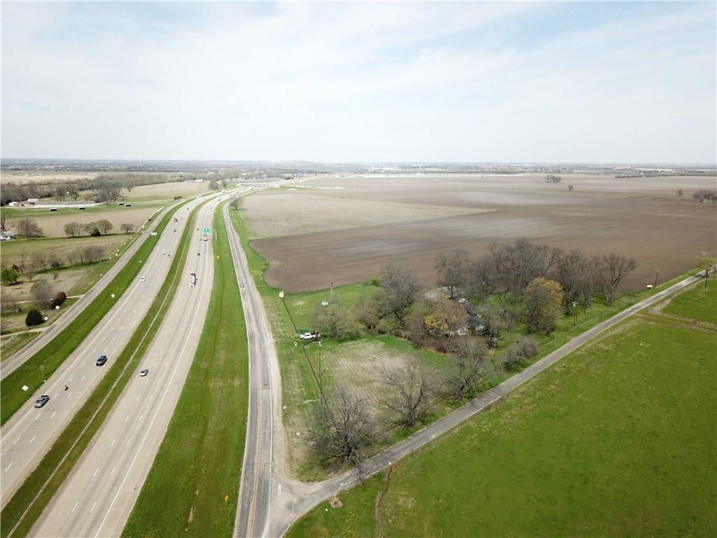 2245 Interstate Highway 45 - Photo 1