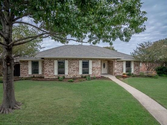 213 Sycamore Creek Road, Allen, TX 75002 (MLS #14054205) :: RE/MAX Town & Country
