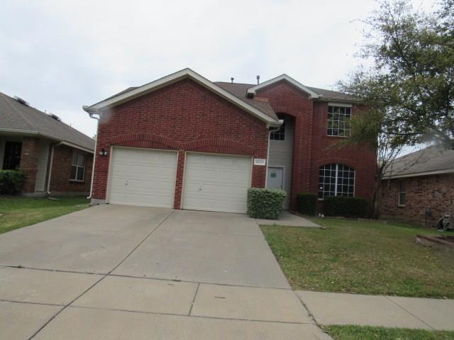 3037 Brookfield Drive, Grand Prairie, TX 75052 (MLS #14057601) :: RE/MAX Town & Country