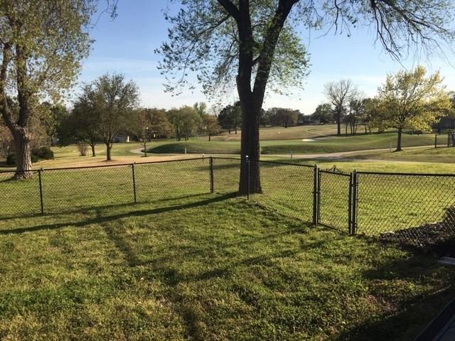 305 W Kiowa Drive, Lake Kiowa, TX 76240 (MLS #14061497) :: RE/MAX Town & Country
