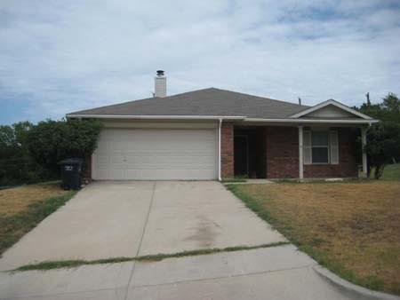 6308 Over Lake Drive, Fort Worth, TX 76135 (MLS #14063068) :: RE/MAX Town & Country