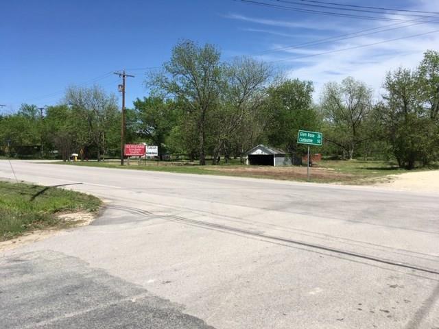 405 N Cedar, Hico, TX 76457 (MLS #14065705) :: The Kimberly Davis Group