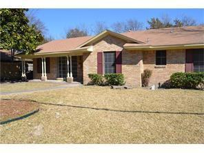217 Woodhaven Drive, Desoto, TX 75115 (MLS #14065993) :: RE/MAX Town & Country