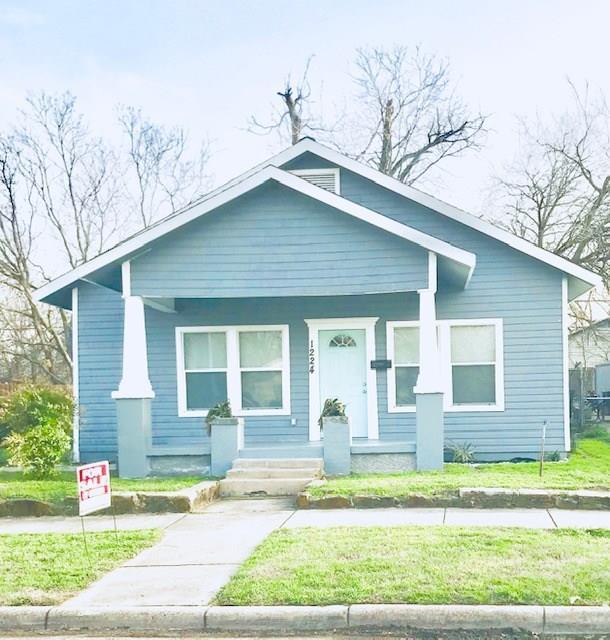 1224 E Tucker Street, Fort Worth, TX 76104 (MLS #14067716) :: Robbins Real Estate Group