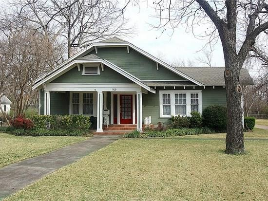 1509 S Houston Street, Kaufman, TX 75142 (MLS #14068760) :: NewHomePrograms.com LLC