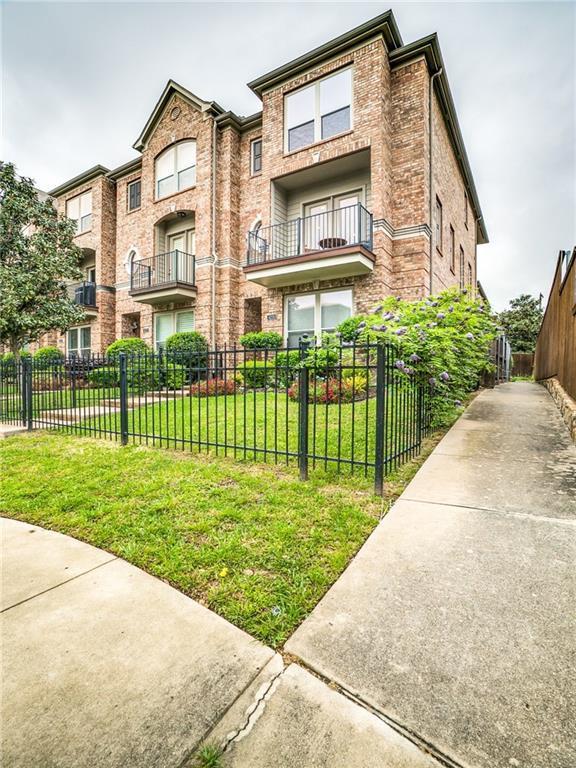 4220 Holland Avenue, Dallas, TX 75219 (MLS #14068925) :: The Hornburg Real Estate Group