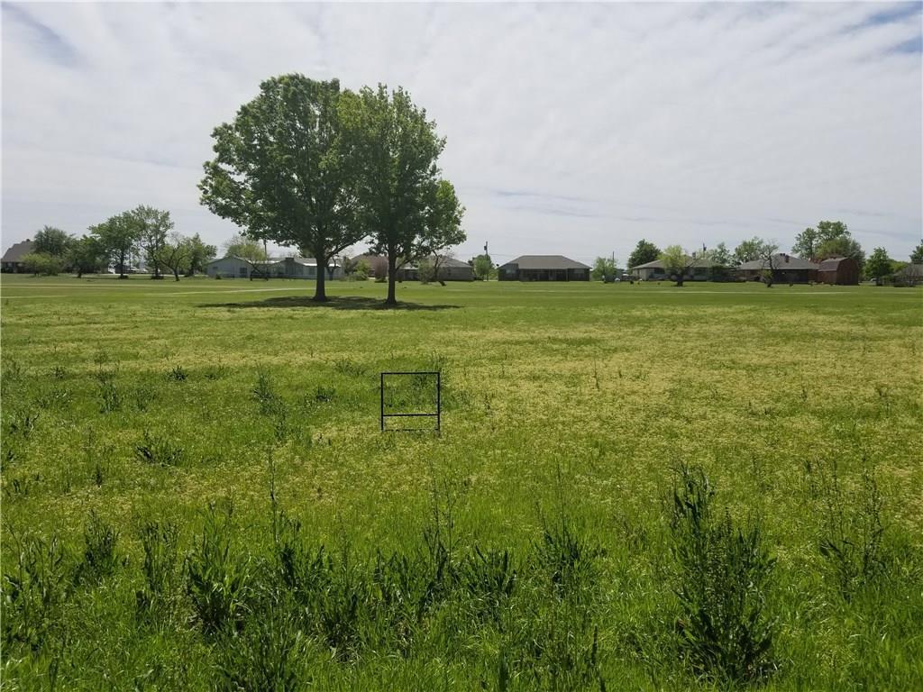 229 Lakeview Drive - Photo 1