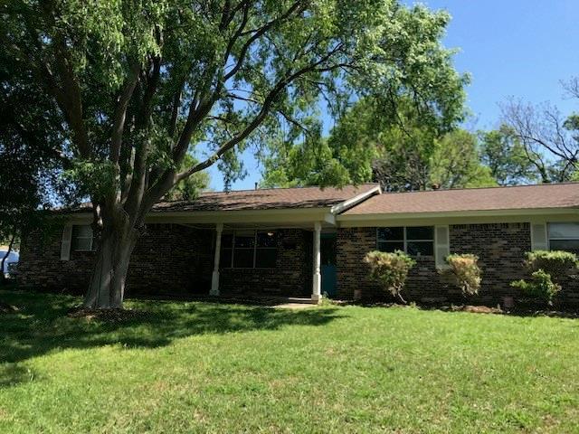 7701 Trimble Drive, Fort Worth, TX 76134 (MLS #14070509) :: The Paula Jones Team | RE/MAX of Abilene