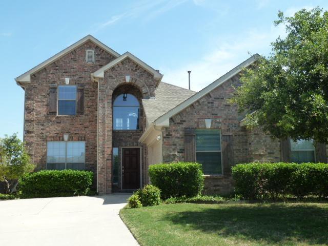 1739 Chatham Lane, Keller, TX 76248 (MLS #14070817) :: Team Hodnett
