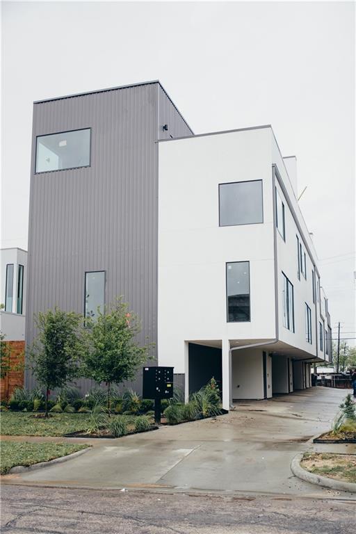 1821 Euclid Avenue B, Dallas, TX 75206 (MLS #14074649) :: Robbins Real Estate Group