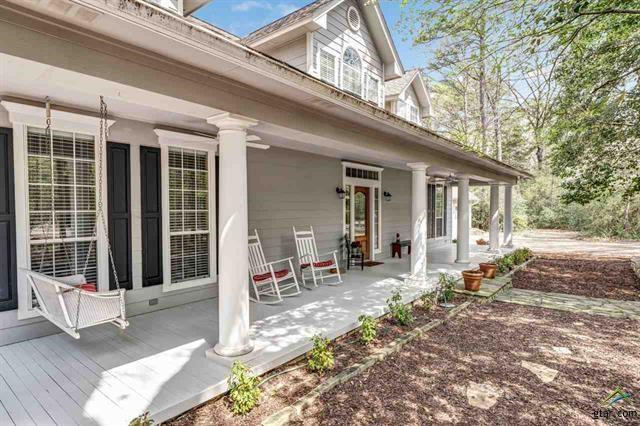 180 Saddleback Lane, Holly Lake Ranch, TX 75765 (MLS #14076011) :: The Sarah Padgett Team