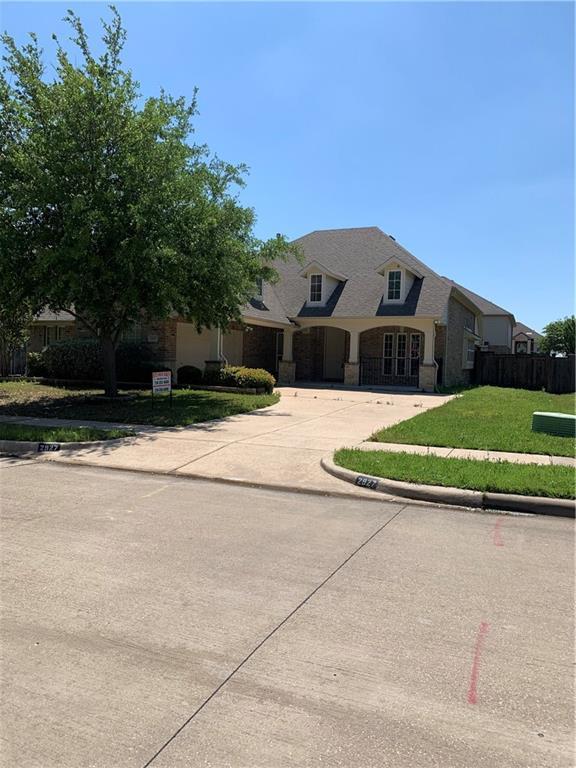 2927 Velero, Grand Prairie, TX 75054 (MLS #14077656) :: The Tierny Jordan Network