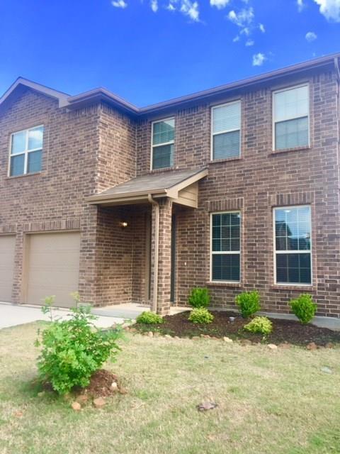 5317 Marina Drive, Denton, TX 76208 (MLS #14079452) :: Real Estate By Design