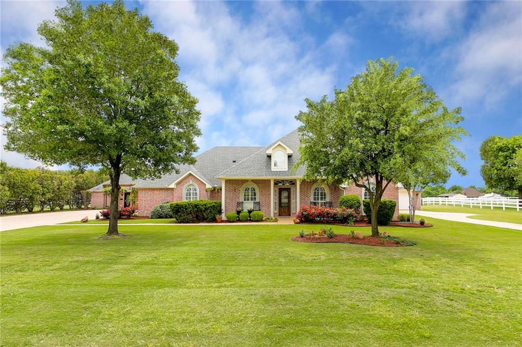 1025 Morton Hill Lane, Haslet, TX 76052 (MLS #14087147) :: The Good Home  Team