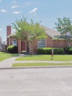 2120 Walden Place, Mesquite, TX 75181 (MLS #14088795) :: The Hornburg Real Estate Group