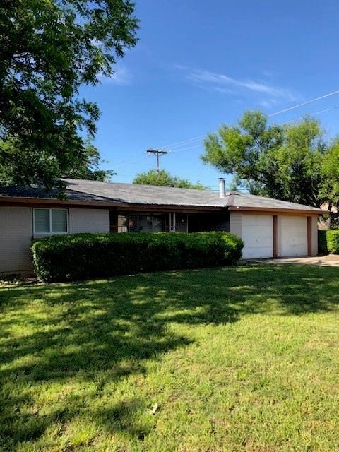 7717 Abbott Drive, White Settlement, TX 76108 (MLS #14090359) :: RE/MAX Town & Country