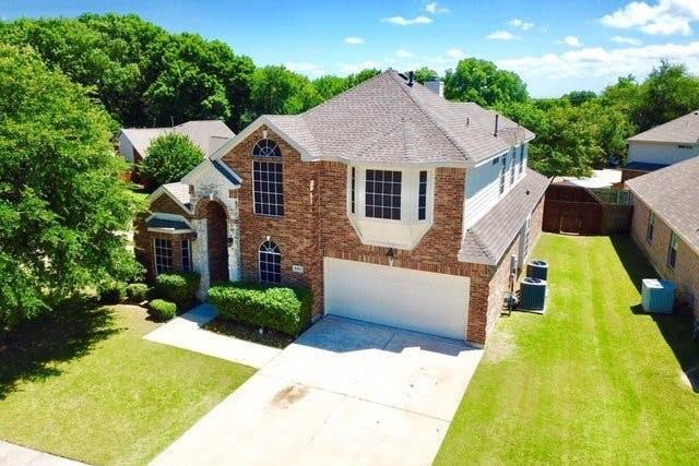 3301 Woodbluff Lane, Mckinney, TX 75071 (MLS #14093465) :: The Heyl Group at Keller Williams