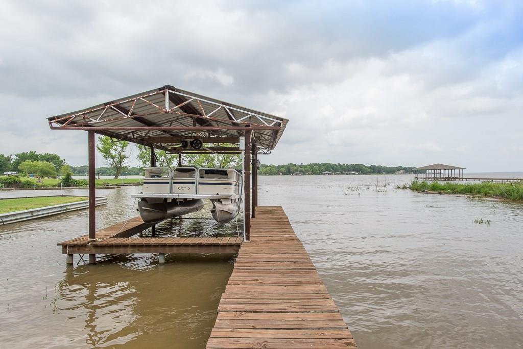 728 Oaklanding Circle, Kemp, TX 75143 (MLS #14095123) :: RE/MAX Landmark