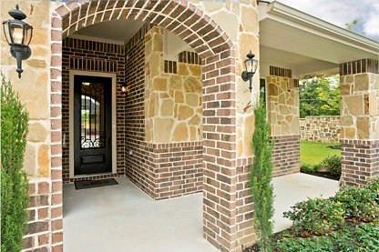 2800 Spirit Woods Lane, Arlington, TX 76001 (MLS #14095495) :: The Mitchell Group