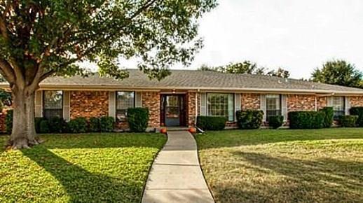 4209 Kazak Street, Garland, TX 75041 (MLS #14095878) :: Potts Realty Group