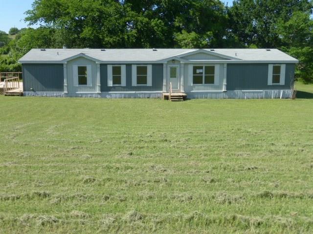 435 Victory Lane, Springtown, TX 76082 (MLS #14096817) :: Real Estate By Design