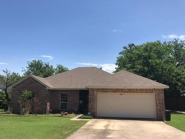 1215 Estes Street, Benbrook, TX 76126 (MLS #14096841) :: Potts Realty Group