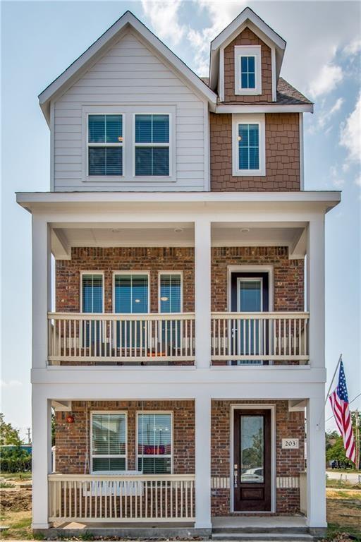 213 S Village Way, Lewisville, TX 75057 (MLS #14097802) :: Magnolia Realty