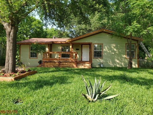 402 Warren Street, Terrell, TX 75160 (MLS #14098340) :: The Chad Smith Team