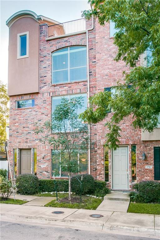 2718 Floyd Street, Dallas, TX 75204 (MLS #14098833) :: The Rhodes Team