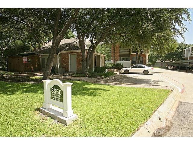 8550 Fair Oaks Crossing #111, Dallas, TX 75243 (MLS #14099087) :: The Rhodes Team