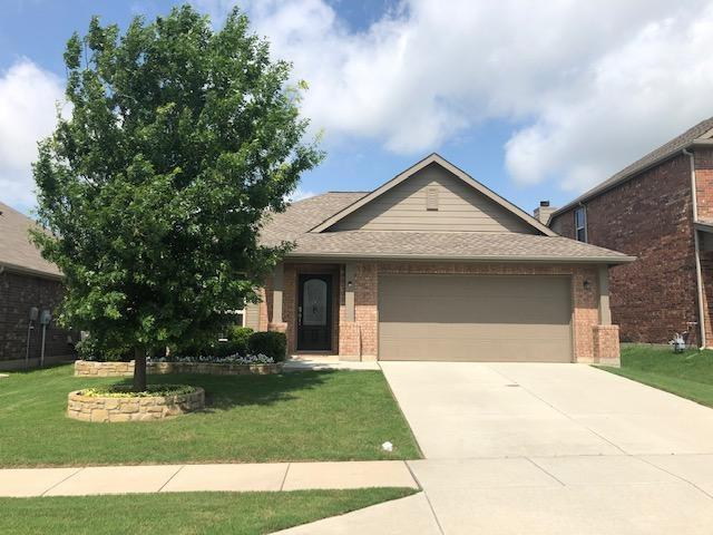 14317 Mariposa Lily Lane, Fort Worth, TX 76052 (MLS #14099620) :: The Chad Smith Team