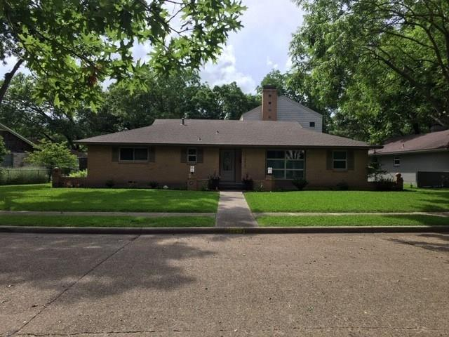 10427 Coleridge Street, Dallas, TX 75218 (MLS #14100436) :: Robbins Real Estate Group