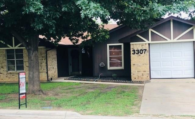 3307 1st Street, Brownwood, TX 76801 (MLS #14102246) :: RE/MAX Town & Country