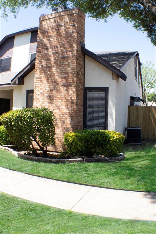 611 Oriole Boulevard #1101, Duncanville, TX 75116 (MLS #14105229) :: Tenesha Lusk Realty Group