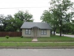 807 S Blackburn Street, Brady, TX 76825 (MLS #14105661) :: Potts Realty Group