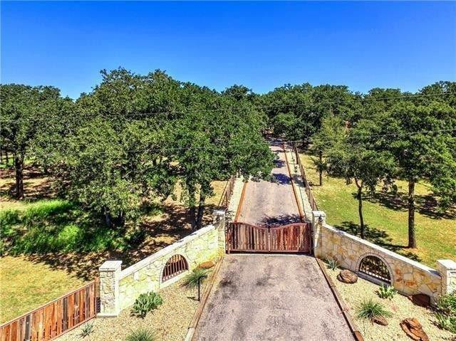 3150 County Road 223, Collinsville, TX 76233 (MLS #14107220) :: The Heyl Group at Keller Williams