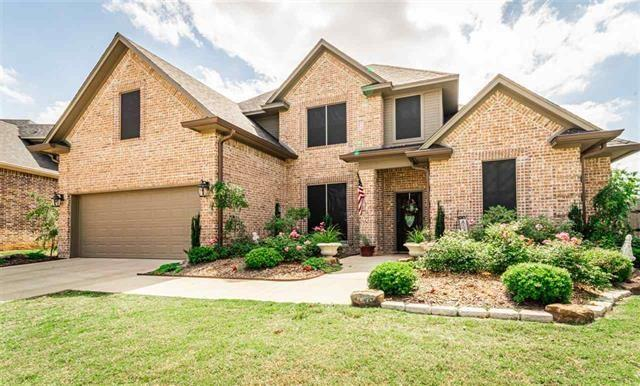 1015 Addison, Reno, TX 75462 (MLS #14108053) :: RE/MAX Town & Country