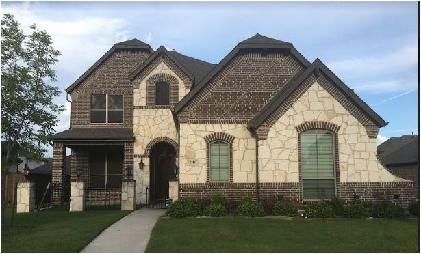1209 Norwood Street, Mansfield, TX 76063 (MLS #14108983) :: RE/MAX Town & Country