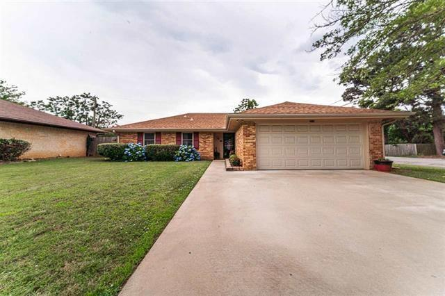 2510 Ballard Drive, Paris, TX 75460 (MLS #14109171) :: RE/MAX Town & Country