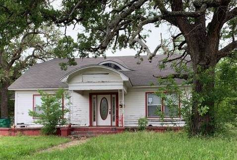 1310 W Commerce Street, Eastland, TX 76448 (MLS #14111791) :: RE/MAX Town & Country
