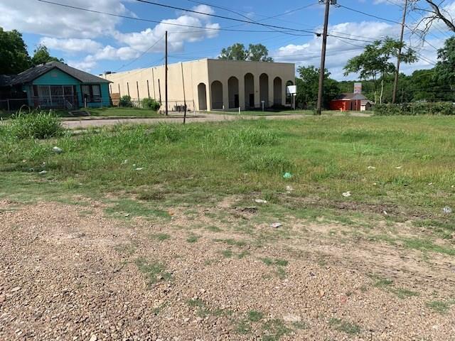 1604 E Ann Arbor Avenue, Dallas, TX 75216 (MLS #14112814) :: The Real Estate Station